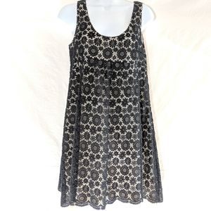 Greed Black Floral Lace Dress